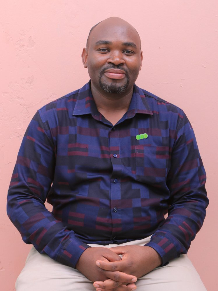 Photo of Mr. Kabagambe